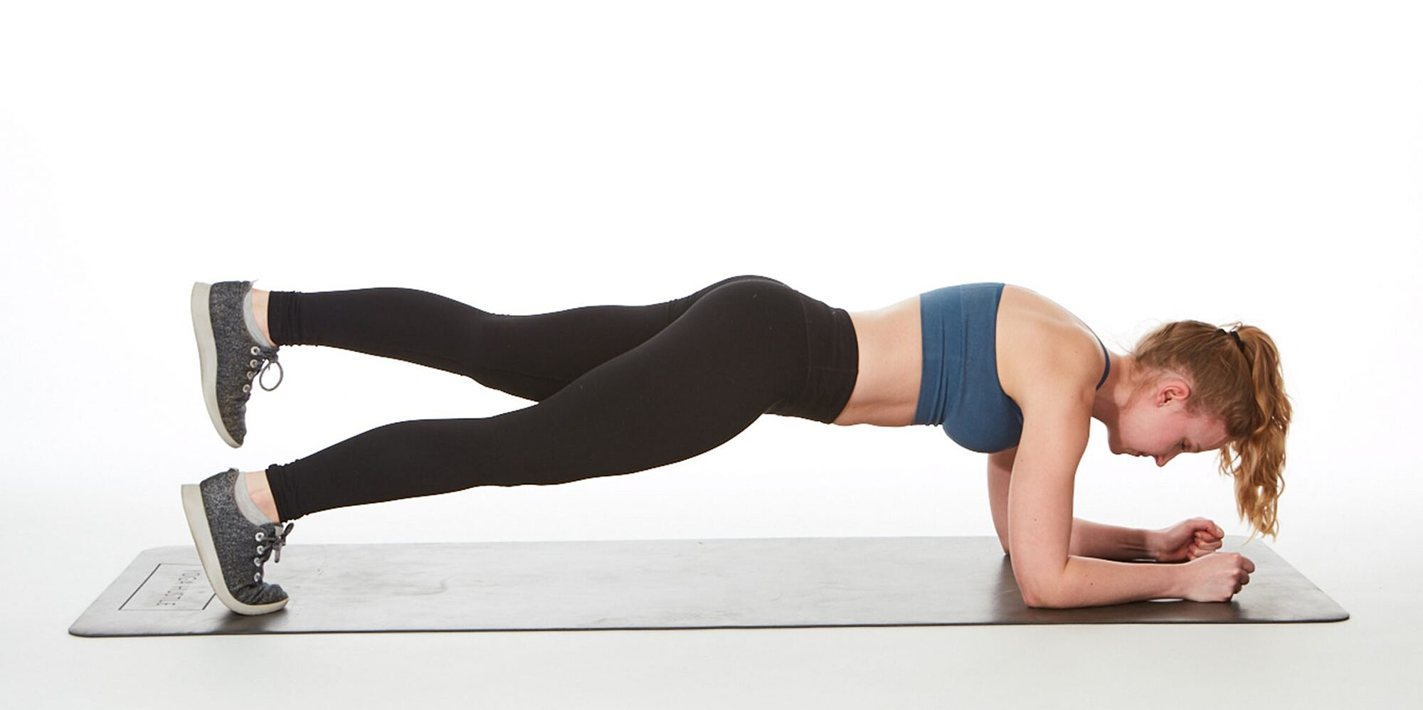 workout to toned abs and legs